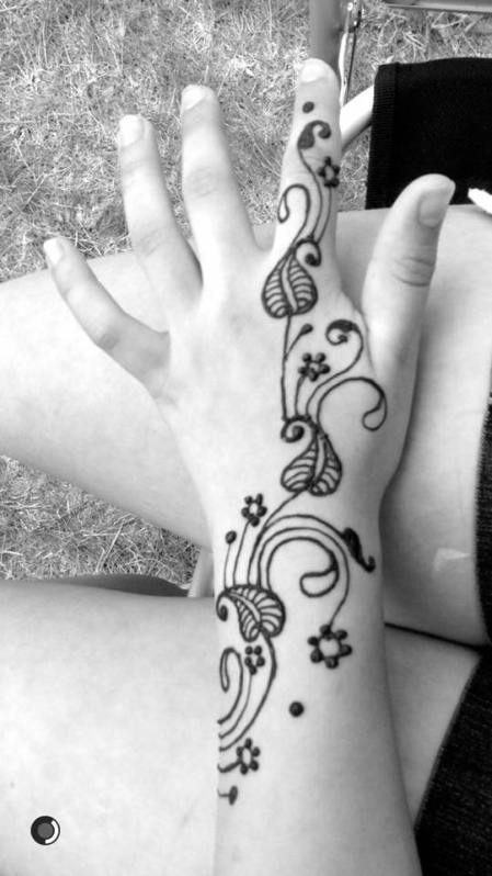 Henna Art by Enshrine Design 2017 AD